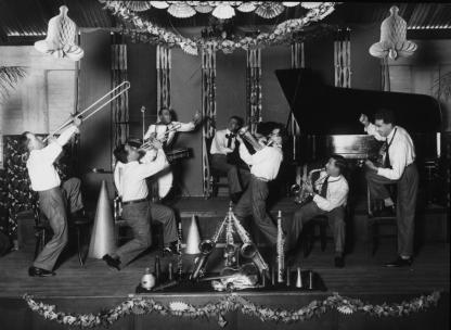 crystal_palace_orchestra_playing_in_brisbane_about_1929_5903283440